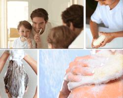 Apensar padre e hijo cepillándose