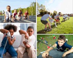Apensar niños jugando play